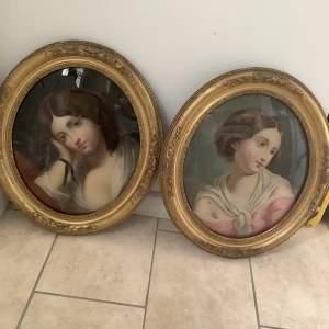 19th Century Pair of Oval Reverse Paintings of Ladies