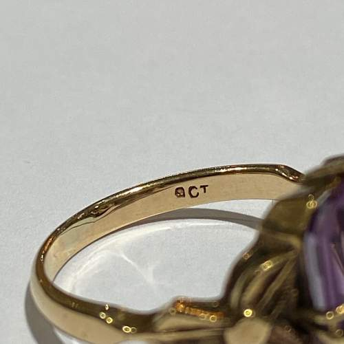 9ct Gold Large Amethyst Ring image-4