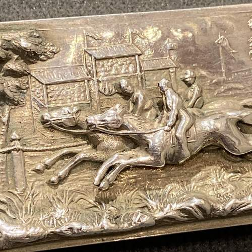 Victorian Silver Vesta Case with a Horse Racing Scene image-2