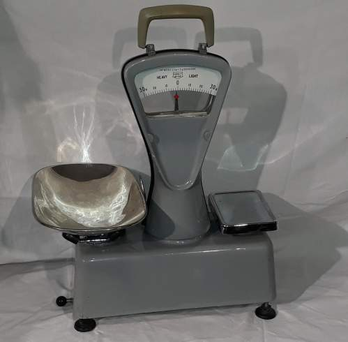 1950s Essex County Council Weighing Scales image-1