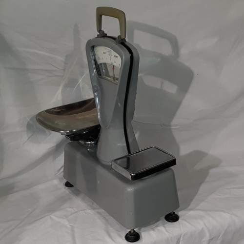 1950s Essex County Council Weighing Scales image-2