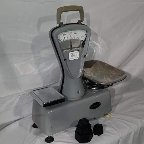1950s Essex County Council Weighing Scales image-5