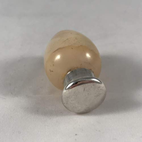 Sampson Mordan Agate And Silver Topped Egg Shaped Scent Bottle image-3