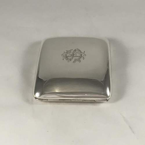 Hallmarked Silver Curved Cigarette Case Chester 1904 image-3