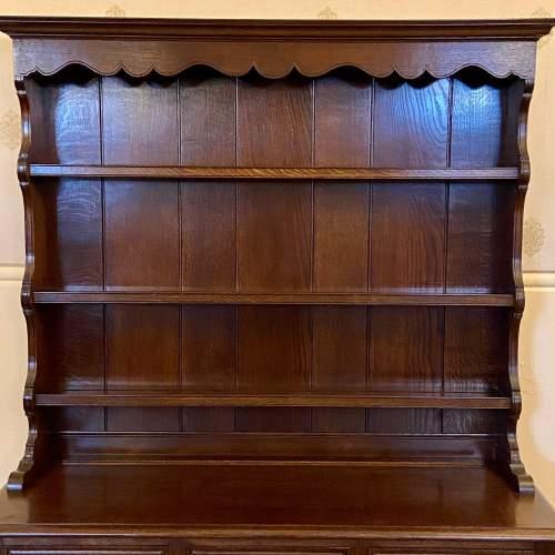 Mid 20th Century Frank Pratt Quality Oak Dresser image-2