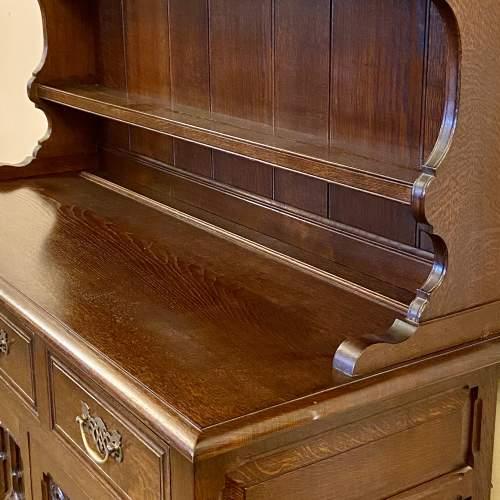 Mid 20th Century Frank Pratt Quality Oak Dresser image-6