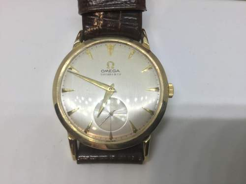 Vintage Omega Tiffany and Co 14ct Gold Watch image-4
