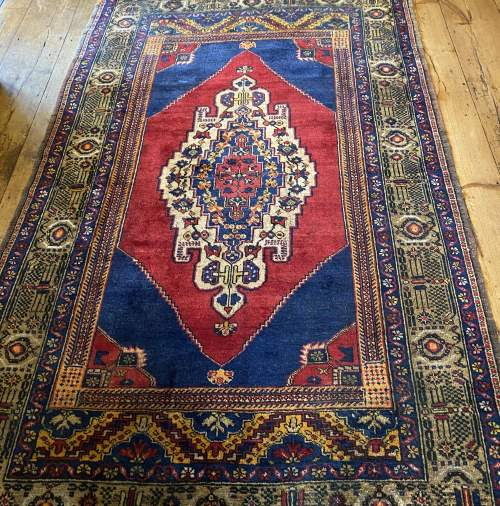 Superb Old Hand Knotted Turkish Rug Yalahili Approx 70 Years Old image-1