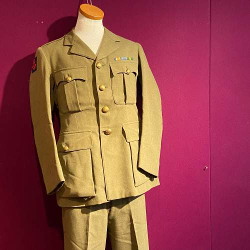 WWII Royal Engineers Officers Uniform image-1