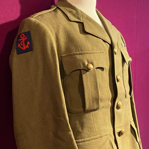 WWII Royal Engineers Officers Uniform image-3