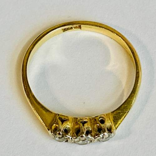 18ct Gold Diamond Three Stone Ring image-4