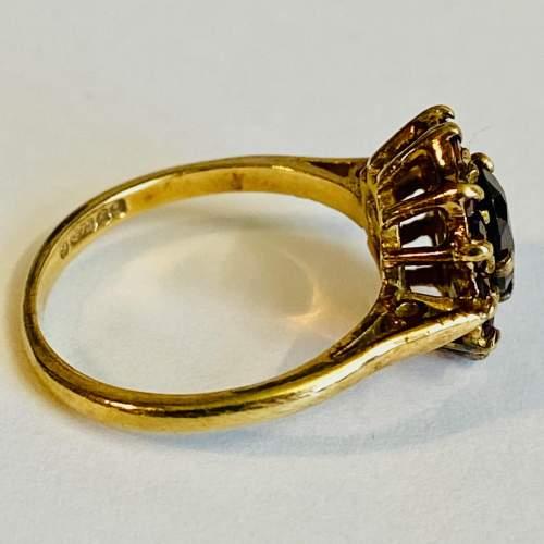 9ct Gold Garnet Cluster Ring image-3
