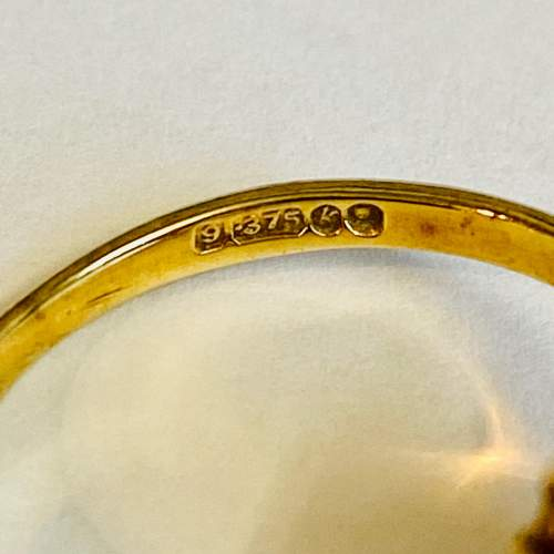 9ct Gold Garnet Cluster Ring image-4