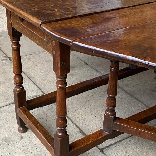 Oak 18th Century Gateleg Drop Leaf Dining Table image-4