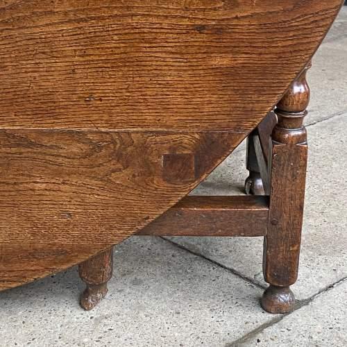 Oak 18th Century Gateleg Drop Leaf Dining Table image-6