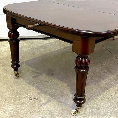 Victorian Mahogany Wind-Out Dining Table image-2