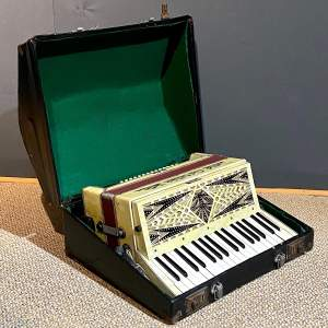 Geraldo Marbled Celluloid Accordian