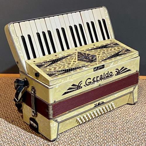 Geraldo Marbled Celluloid Accordian image-2