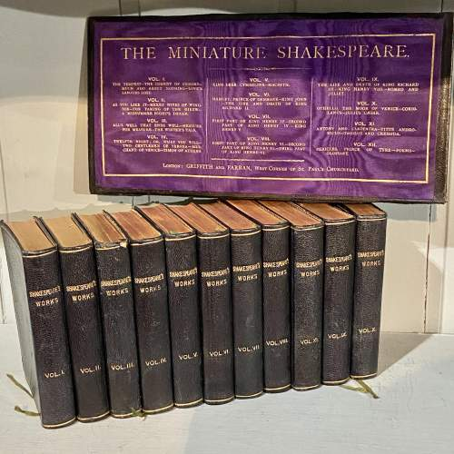 19th Century set of 11 Miniature Shakespeare Books image-1
