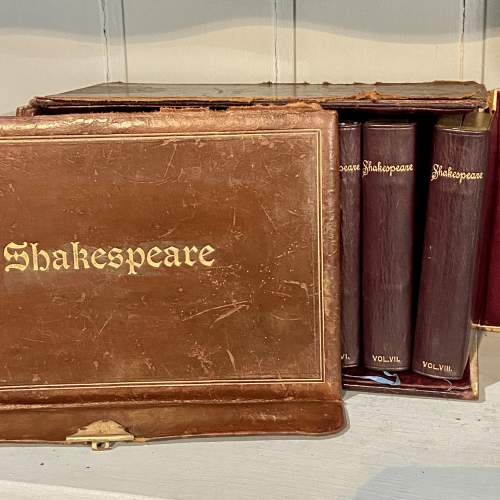 Complete Set of Shakespeare in 8 Volumes image-2