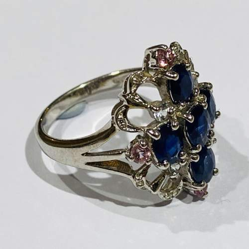 Vintage 9ct Gold Diamond and Sapphire Ring image-3