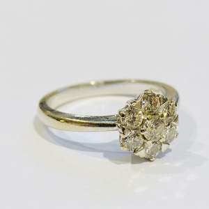 Vintage Heavy 18ct Gold Diamond Cluster Ring