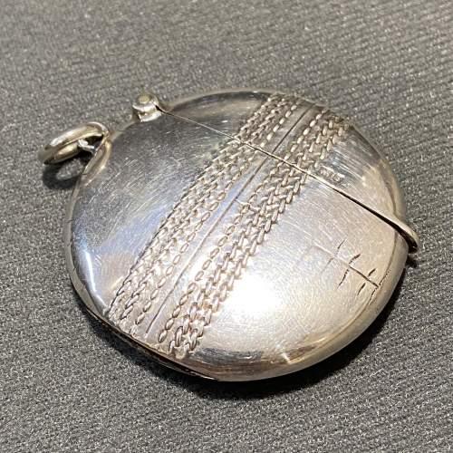 Edwardian Silver Cricket Ball Vesta Case image-1