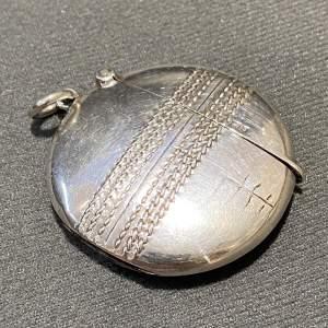 Edwardian Silver Cricket Ball Vesta Case