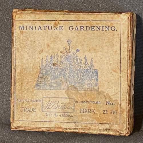 1930s Britains Miniature Garden Set image-3