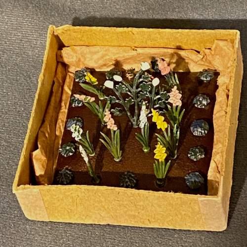 1930s Britains Miniature Garden Set image-2