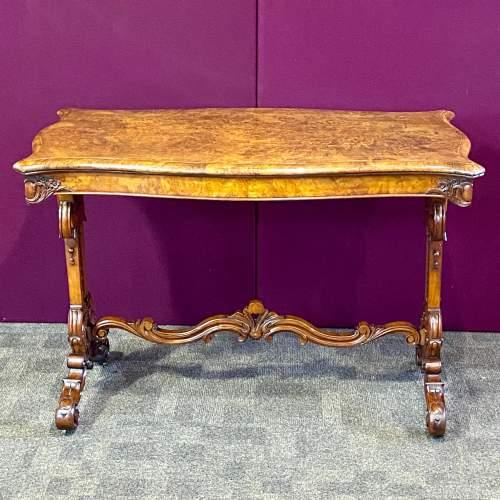 Victorian Burr Walnut Serpentine Shaped Table image-6