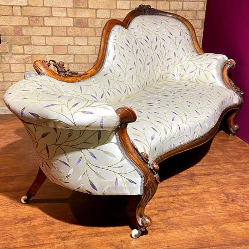 Good Quality Mid Victorian Chaise Longue image-1