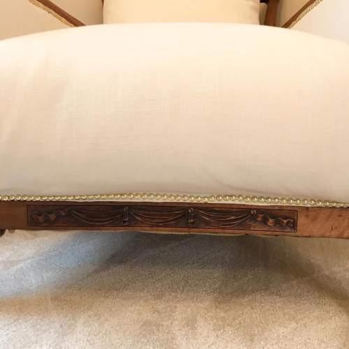 Bergere chair claw feet4.jpg