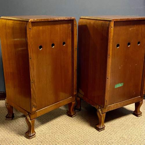 Pair of Quality Art Deco Bedside Cabinets image-4