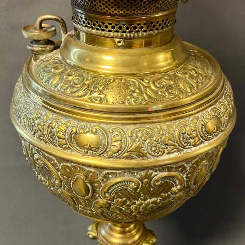 Victorian Oil Lamp with Marble and Brass Column image-3