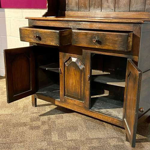 Mid 20th Small Oak Dresser with Plate Rack image-3