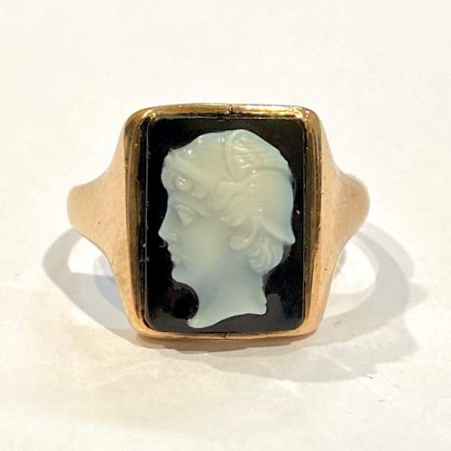 Early 20th Century 9ct Gold Onyx Cameo Ring image-2