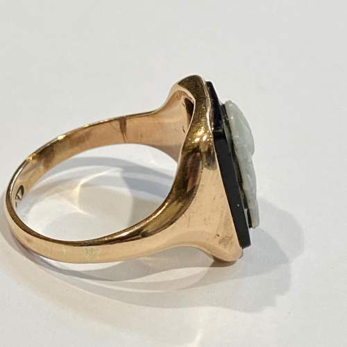 Early 20th Century 9ct Gold Onyx Cameo Ring image-3