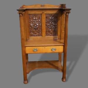 Early 20th Century Green Man Carved Oak Desk