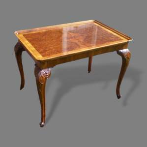 Early 19th Century Burr Walnut Dish Top Silver Table