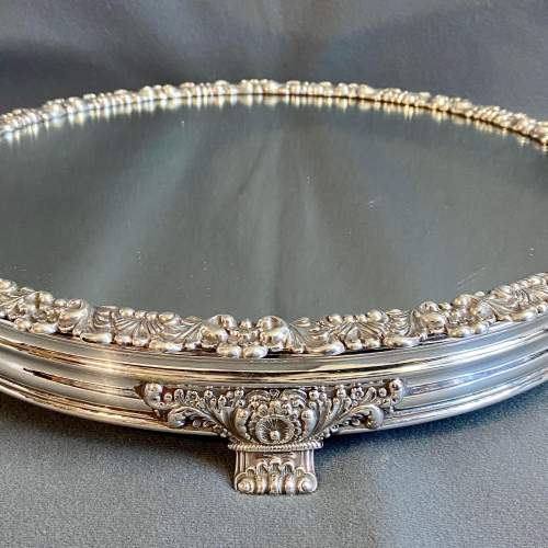 Late Georgian Mirrored Silver Plated Cakestand image-1