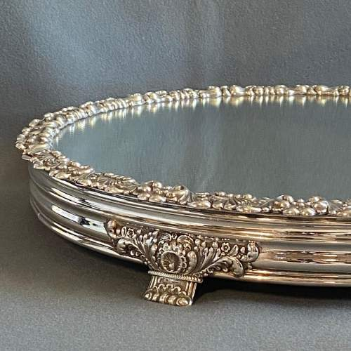 Late Georgian Mirrored Silver Plated Cakestand image-2