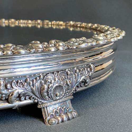 Late Georgian Mirrored Silver Plated Cakestand image-3