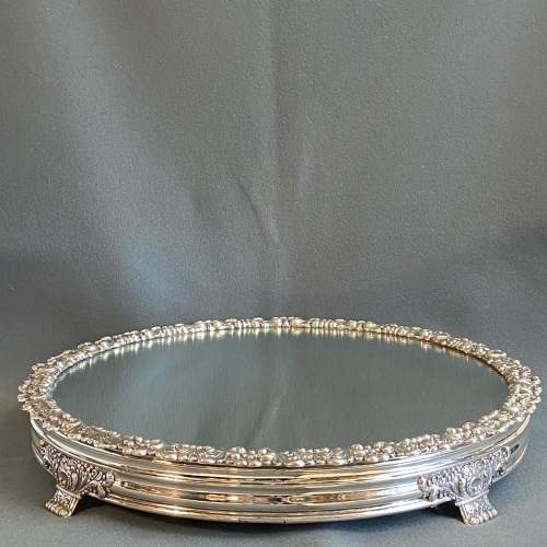 Late Georgian Mirrored Silver Plated Cakestand image-5