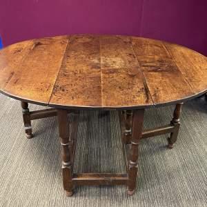 18th Century Oak Gate Leg Dining Table