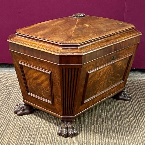 Quality 19th Century Sarcophagus Shaped Wine Cooler image-6