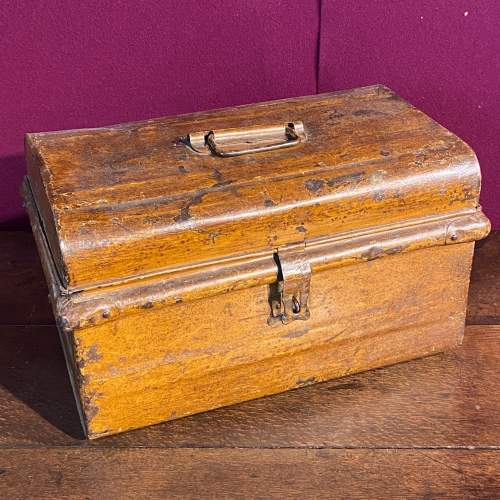 Vintage 1930s Small Metal Trunk image-1