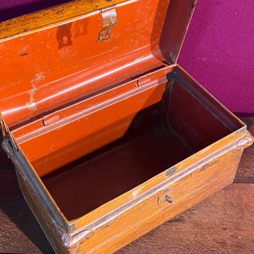 Vintage 1930s Small Metal Trunk image-3