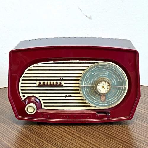 Vintage Burgundy Bakelite Philips Radio image-1