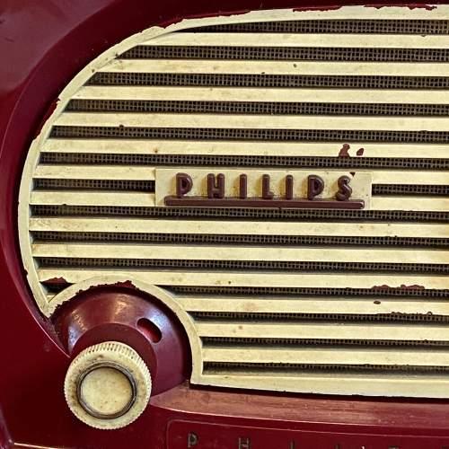 Vintage Burgundy Bakelite Philips Radio image-2